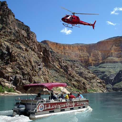 grand-voyager-airplane-heli-boat-tour